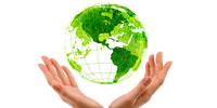 deux mains qui protègent la planète